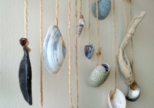 beach-treasures-hanging-from-string