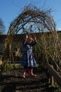toddler-in-willow-den