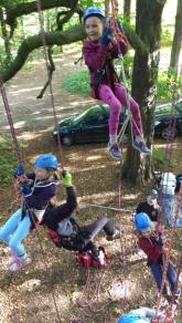 children-on-climbing-ropes